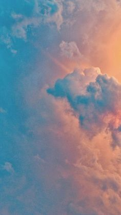 20 Breathtaking Cloud iPhone Wallpapers (Free Download)