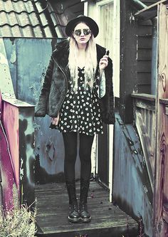 H&M Hat, Gina Tricot Coat, Missguided Floral Cut Out Dress, Dr. Martens Boots