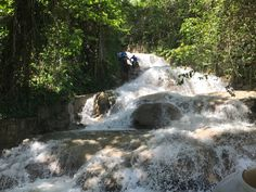 9 Things to Know About Dunn's River Falls #Jamaica