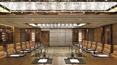 - Luxurious corporate meetings with flawless and professional service from start to finish.