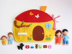 Family játszókönyvecske- similar houses available - Meska. Diy Quiet Books, Felt Quiet Books, Diy For Kids, Crafts For Kids, Travel Toys, Sewing Dolls, Busy Book, Toy Craft, Jouer