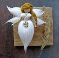 Fairy Crafts, Angel Crafts, Doll Crafts, Bordado Popular, Fairy Nursery, Felt Angel, Handmade Angels, Christmas Crafts, Felt Christmas Ornaments