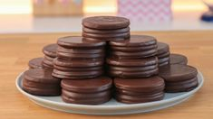 I Love Chocolate, Chocolate Cookies, Alfajores Recipe Argentina, Donuts, Savoury Biscuits, Catering Food, Custom Cookies, Best Dishes, Sweets Recipes