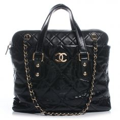 105cefbdeabf This is an authentic CHANEL Glazed Calfskin Portobello Tote in Black. This  stunning tote is