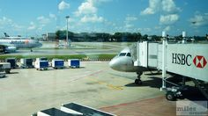 Ankunft am Gate C16 in Singapur - Check more at http://www.miles-around.de/trip-reports/economy-class/jetstar-asia-airbus-a320-200-economy-class-kuala-lumpur-nach-singapur/,  #A320-200 #Airbus #Airport #avgeek #Aviation #EconomyClass #Flughafen #Jetstar #KUL #Malaysia #SIN #Trip-Report