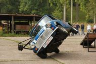 Stunt driving mini.  I love mini´s.