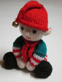 Knitted Elf Christmas Decoration. Pattern can be found at http://www.ravelry.com/patterns/library/christmas-tree-keepsakes