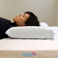 ルナエアピローは高反発枕です。 しっかりと頭を支え、押し返しながらも体圧を分散するので寝心地も抜群。 寝返りがしやすく自然に寝返りが打てるので睡眠を妨げることがありません。 さらにルナエアーピローは両サイドを高めに設計しています。 Bean Bag Chair, Furniture, Home Decor, Decoration Home, Room Decor, Beanbag Chair, Home Furnishings, Home Interior Design, Bean Bag