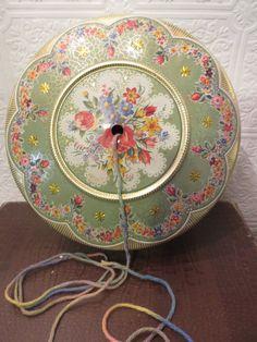 Vintage Floral Green Tin String Holder