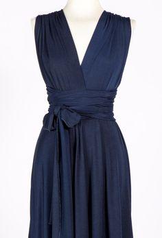 Brautjungfern-Marineblau-Kleid-Knie-Länge von MIMÈTIK BCN auf DaWanda.com