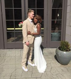 Gorgeous interracial couple ready to get close at prom White Boys Black Girls, Black And White Dating, Black And White Couples, Black Woman White Man, Cute White Boys, Black Women, Black White, Interracial Wedding, Interracial Love