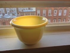 """Hamilton beach slag glass 6"""" mixing bowl made in USA % of sale supports just food NYC http://stores.ebay.com/lastchancewhitakersretrovintage"""
