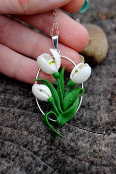 Mother's gift, pretty silver 925 pendant, lovely snowdrop flowers jewelry Mother's gift pretty s Polymer Clay Flowers, Fimo Clay, Polymer Clay Projects, Polymer Clay Creations, Polymer Clay Crafts, Polymer Clay Earrings, Clay Beads, Clay Design, Clay Charms