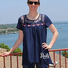 Nicely Navy + Coral Detail Flowy Top #RootsSouthernBoutique