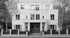 House by the German architects Kahlfeldt. Classical timelessness