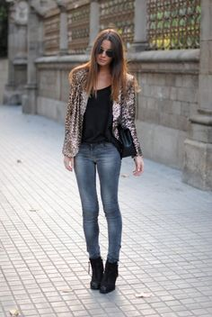 Sparkly jacket and jeans. Fashion Vibe