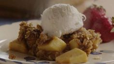 Video: Apple Oatmeal Crisp | This is a great dessert to throw together when apples are in season—it's ready in no time.