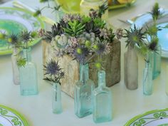 #DIYWedding Centerpiece Idea! 5 Easy-to-Create Centerpieces >> http://www.hgtv.com/design/make-and-celebrate/entertaining/5-easy-to-create-centerpieces-pictures?soc=pinterest