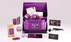 Younique Presenter Kit This is probably one of the best Presenter Kits I've seen! All of this for $99.00!!