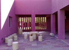 legoretta + legoretta - Google Search Minimalist Photos, Minimalist Photography, Colour Architecture, Interior Architecture, Subtractive Color, Three Primary Colors, Renzo Piano, Famous Architects, Interior Decorating