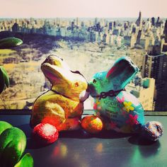 The Best #Easter Candy: Godiva foil-wrapped chocolate bunnies and easter egg gift box