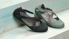 Ahnu Karma - flats with arch support