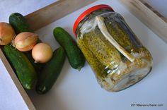 castraveti bulgaresti (cu otet si zahar) Pickles, Cucumber, Diy And Crafts, Urban, Foodies, Canning, Pickle, Zucchini, Pickling