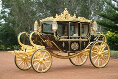 Decor To Adore: Royal Wedding Wednesday~ A Lovely Carriage Makes ...