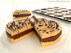 Tarte au chocolat, praliné noisettes Sweet Recipes, Cake Recipes, Sweet Pie, Fat Foods, Chocolate Pies, Food Humor, Just Desserts, Bakery, Snacks
