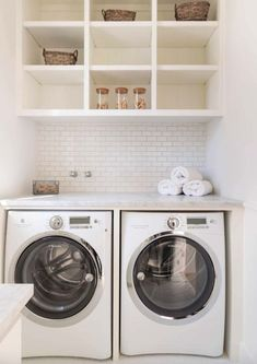 Stunning Small Laundry Room Design Ideas 01
