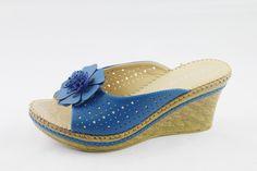 Floral peep toe slippers  #Zapatillas, #Sandalias , #Depotivos,#evenlyshoes,#eveningshoes#bridalshoes #wedding shoes #slippers