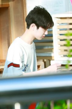 Yoo Seonho, Rich Boy, Welcome To My Page, Guan Lin, Lai Guanlin, Happy Pills, Ong Seongwoo, Kpop Guys, Dream Boy