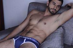 ¡Buen miércoles #SexyBoyFans! Les presentamos un avance de la nueva colección de Paul Ferrer.