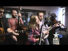 Sierra Hull - Don't Pick Me Up [Live at WAMU's Bluegrass Country]
