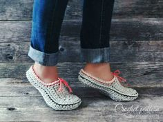 Crochet pattern family slipper-clogs with optional extra