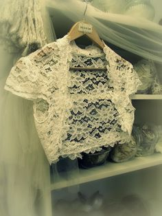 Romantica Lace Bridal Shrug Vintage Inspired Wedding by bonzie