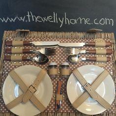Cesta de picnic para cuatro personas de The Welly Home, modelo elisabeth. Picnic basket