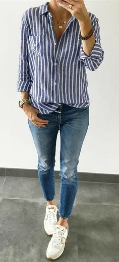 Mode Casual Outfits, Casual Fashion, Alltagsoutfits, Alltagsmode White walls, i Outfits With Striped Shirts, Blue Striped Shirt Outfit, Chambray Shirts, Light Blue Jeans Outfit, Blue And White Striped Shirt, Blue Jeans Outfit Summer, White Long Sleeve Shirt Outfit, Hot Day Outfit, Blue Jean Outfits