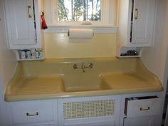 Vintage 1939 Cast Iron Farmhouse Drainboard Sink | eBay Kitchen Sink Inspiration, Kitchen Ideas, Kitchen Maid, Porcelain Sink, Ball Jars, Updated Kitchen, Vintage Kitchen, Cast Iron, Interior And Exterior