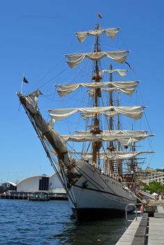 The Ecuadorian sail training ship Guayas docked in Darling Harbour. This was its first visit since bicentenary celebrations in Old Sailing Ships, Darling Harbour, Tall Ships, Sailboats, Interesting Stuff, Ecuador, Sydney, Sea, Pictures
