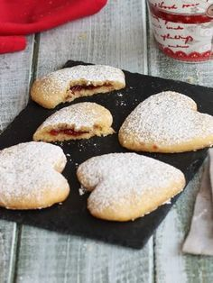 Here you can find a collection of Italian food to date to eat Italian Cookies, Italian Desserts, Italian Recipes, Italian Snacks, Biscotti Cookies, Galletas Cookies, Ganache Au Nutella, Icebox Cake, Sweet Pastries
