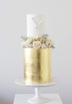 Featured Wedding Cake: Sweet Bakes; www.sweetbakes.com.au; Wedding cake idea.