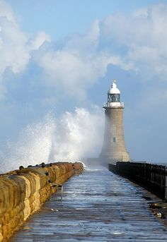 Tynemouth #lighthouse - #England http://dennisharper.lnf.com/
