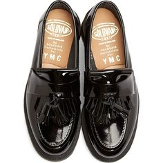 Ymc Black Patent Leather Penny Loafers (6,100 MXN) ❤ liked on Polyvore featuring shoes, loafers, flats, black, patent shoes, black shoes, black patent leather shoes, patent leather flats and flat pump shoes