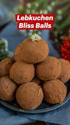 Vegan Christmas, Christmas Desserts, Christmas Treats, Vegan Snacks, Healthy Desserts, Healthy Recipes, Gluten Free Baking, Gluten Free Recipes, Bliss Balls