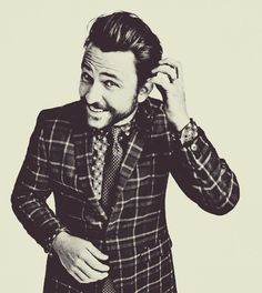 Charlie Day - HILARIOUS!!!