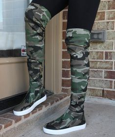 Yea or nay? https://www.myshoebazar.com/shoes/thigh-high-platform-sneakers/