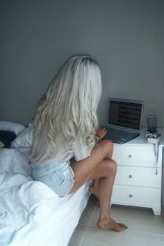 I love white hair. (PS, I have that computer... ha!)
