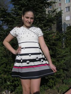 www.johnnyprod.ro-rochie Short Sleeve Dresses, Dresses With Sleeves, Kids Outfits, Spring Summer, Costume, Children, Clothes, Fashion, Young Children