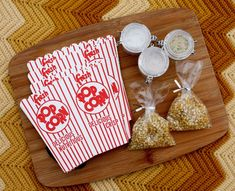 """Flavored Popcorn Kit (gift idea)  Add in a DVD and it's the perfect holiday """"happy"""" for friends or co-workers.  [flavored salt recipes included]"""